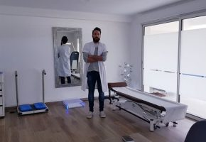 Monsieur Andoni LURO – Pédicure-podologue